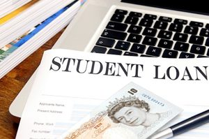 Thousands of UK Students Found to Have Overpaid Student Loans